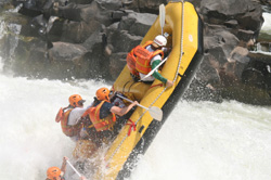 Rafting on Zambezi, Zimbabwe Alpicenter